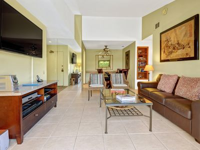 Photo for Corner Bungalow at Plaza Villas - Walking Distance to Downtown PS Restaurants! -