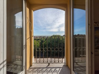 Photo for Above the arcades of Turin! Porta Susa Apartment