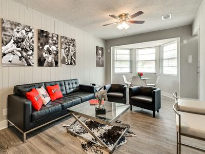 Photo for Arlington, TX  Spacious Duplex. Huge Backyard | Close to ATT Stadium