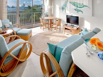 Photo for PUAKO CONDO w/ OCEAN VIEWS and AC in master bedroom