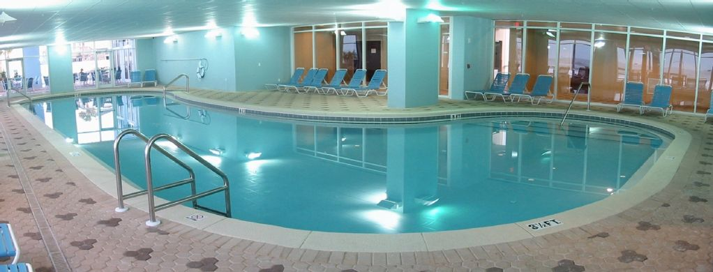 Majestic beachfront free beach service heated indoor for Hotels with indoor pools in florida