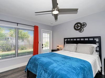 Photo for 1128/1 · Heart of FTL - Modern studio close to the beach!