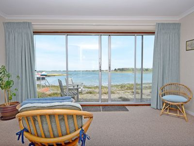 Photo for The Kench, Hayling Island - sleeps 4 guests  in 1 bedroom
