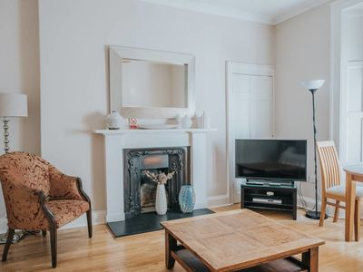 Photo for Classic 1-Bedroom Ground Floor Apartment, Off George Street