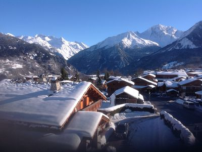 Photo for Courchevel Le Praz, 200m ski lifts, piste and village, spacious apartment for 6