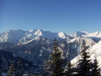 Photo for Alpe d'Huez- 70 m2- bright and sunny-superb view and terrace- 7 pers