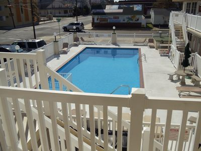 Photo for Erin Shores 1BDRM, 2 POOLS 1 HEATED, 2 BLOCKS TO BOARDWALK central air/wifi/catv