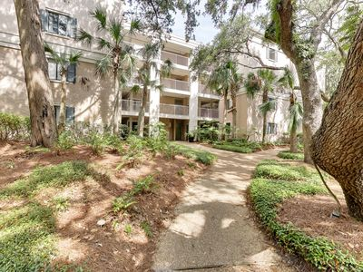 Photo for Amelia Island Beach Wood condo - Beach and pool access steps away