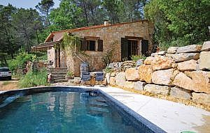 Photo for Beautiful Provencal Rural Villa Set In Private Garden With Outdoor Pool