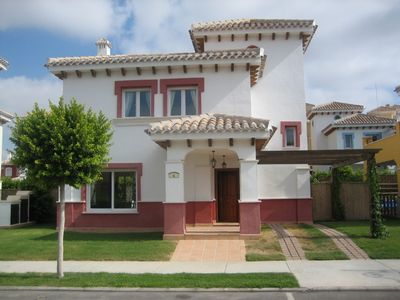 Photo for Luxury detached villa - private pool - golf course - free WIFI