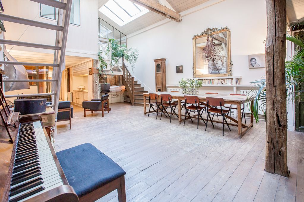 Huge Loft, Full Of Light, In The Lively Canal Saint Martin, Near Marais Area