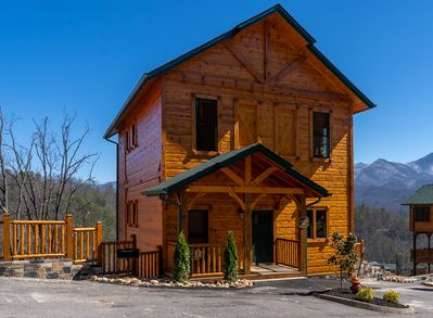 Front of newly built Twig and Vine Lodge