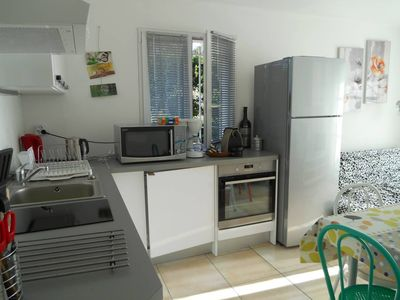 Photo for New T2, log in modern Provencal villa, WIFI air conditioning, garden, parking, near me