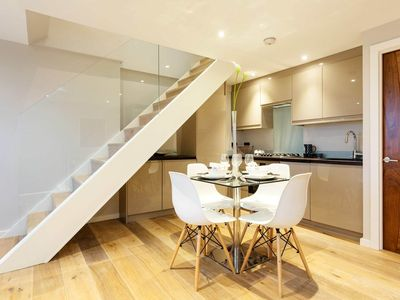 Photo for 2 bedroom apartment in Dulwich set over two floors (Veeve)