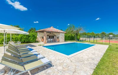 Photo for Villa Toscana - Four Bedroom Villa, Sleeps 9