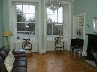 Photo for Beautiful georgian apartment, quiet location, close to all Edinburgh attractions