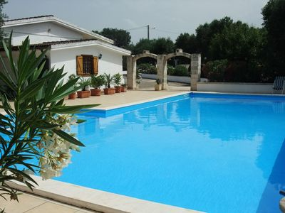 Photo for Luxurious 3 bed, 3 bath villa with large swimming pool