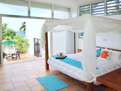 Top of Pelican Key! Spectacular sea views, near beaches, Wifi, parking, private