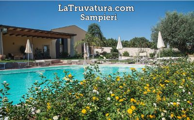 Photo for Flat in Villa with swimming-pool vieux of the sea-SUD-EST SICILY