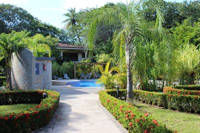Welcome to Casa del Sol, your tropical oasis, in the heart of Potrero.