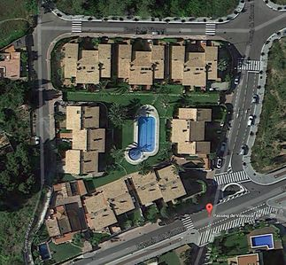 satellite view. Gated secure community with very large pool
