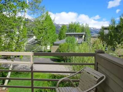 Photo for Luxury Aspens Townhouse With Great Mountain Views