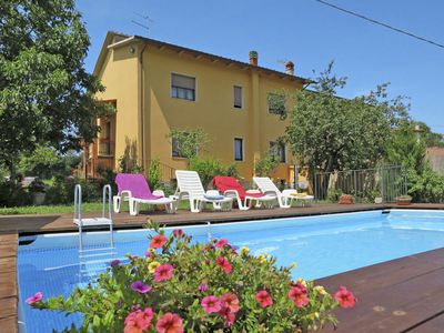 Photo for Private villa with pool near Arezzo nestled in the Natural Reserve of Bandella