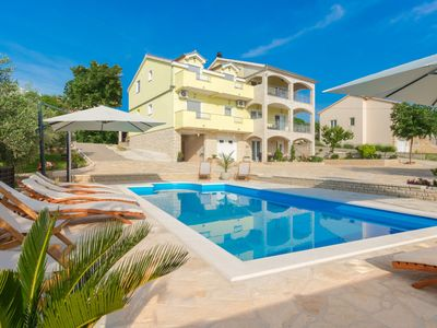 Photo for Beautiful 500m2 villa with private pool, amazing top floor welness, garden, BBQ
