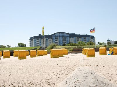 Photo for Kurparkresidenz Cuxhaven - Apartment 1. Row on the beach with swimming pool, sauna, whirlp