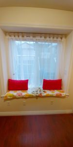 Photo for Cozy 2 bedrooms suite for homestay near Joyce station, close to downtown