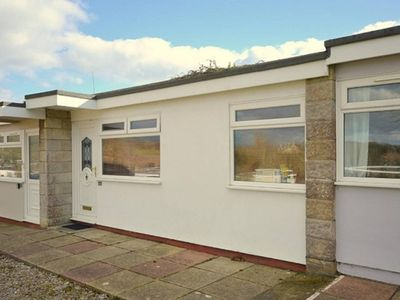 Photo for 83 Sandown Bay Holiday Centre