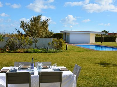 Photo for Villa For 8 With Sea View And At A Walking Distance To The Beach