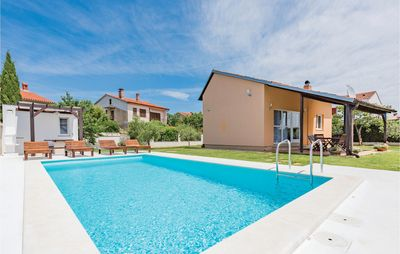 Photo for 2 bedroom accommodation in Valbandon