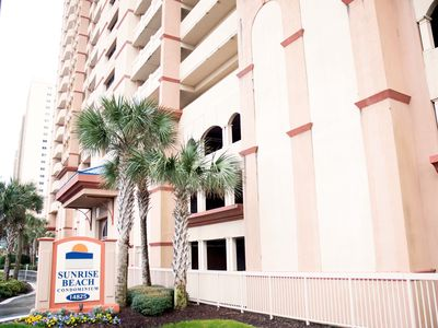 Photo for Gorgeous Gulf Front Condo! Master On Gulf +Bunkrm W/Q, 2BA, WiFi, Beach Chairs