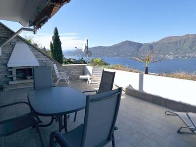 Photo for 3-room terrace apartment with terrace and breathtaking lake view