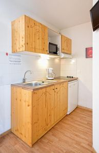 Photo for Beautiful 1 bedroom-apartment for 4 persons. A bright living room. Kitchen (without dishwasher) with