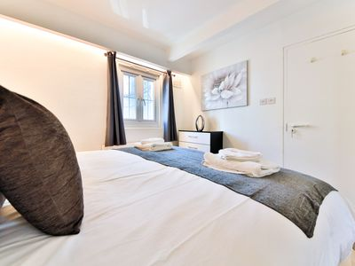 Photo for SUSSEX MEWS HOUSE - 2 BED - 3 MIN FROM THE SEA FRONT