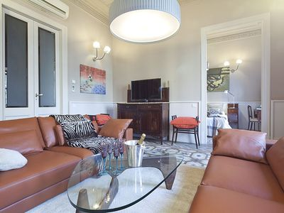 Photo for Apartment Barcelona Rentals - 2 apartments in Rambla Catalunya for 14 pax, WiFi