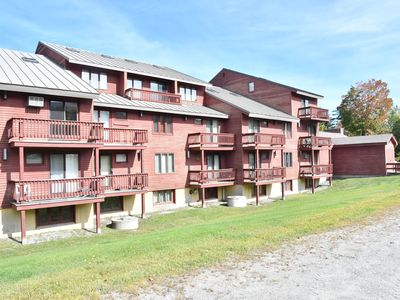 Photo for On mountain condo for 4 across the street from pool & fitness center.
