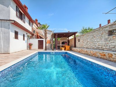 Photo for Apartments Silvana, (13329), Štinjan, Pula riviera, Croatia