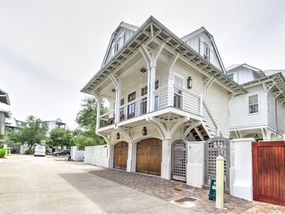 `At Last` Beautiful 30A Rosemary Beach Carriage House Next to Everything + BIKES