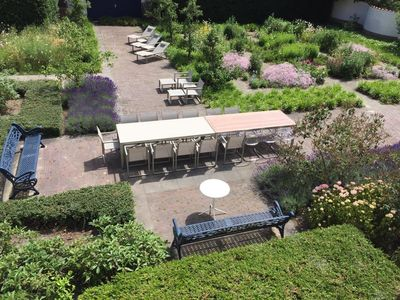 Large gardens and dining facilities for up to about 22.