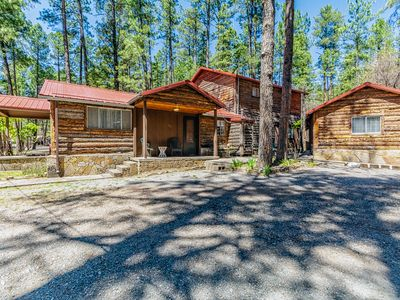 Photo for 2 Bears Cabin: Upper Canyon, 4 Bedrooms, Ruidoso Charm Abounds!