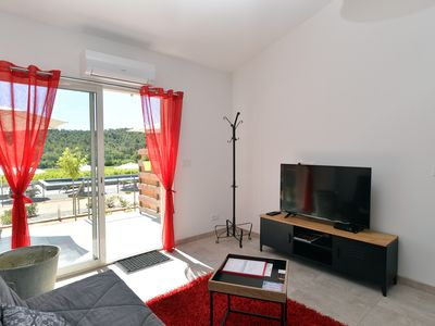 Photo for La Londe beautiful cottage 45 m² gray 4 * on agricultural property wifi climatisat ° pool