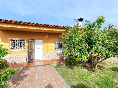 Photo for Nice apartment for 6 guests with WIFI, pool, TV and pets allowed