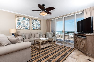 Welcome to Island Princess 309 - Let your adventurous side out when vacationing in 309 Island Princess.. then take time to kick back & relax in this coastal paradise themed Gulf front living room when the time calls for such!