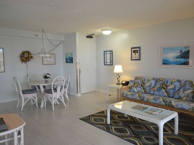 Photo for Romantic Getaway with Ocean and Diamond Head Views and Free Parking!
