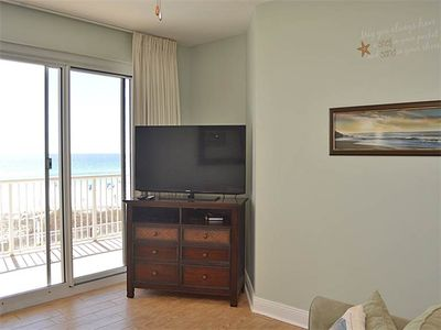 Photo for Amazing Condo, Gulf-front balcony, On-site pool, On the beach
