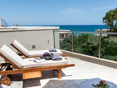 Photo for Villa Ismini/80 meters from the beach