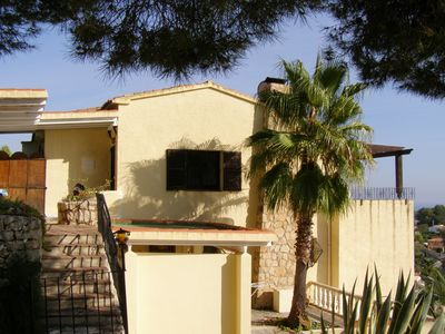 Photo for Holiday house with pool and great sea views